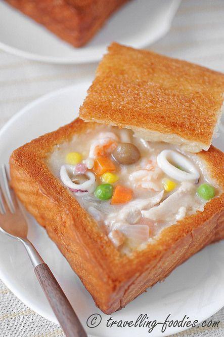 時短トーストレシピ♡毎朝5分でカフェみたいな朝ご飯に! - Locari ... 【シチューが余ったらスープポット】 厚切りの食パンと、昨日の
