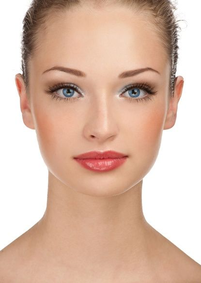 Easy Step-by-step bridal make up how to tutorial awesome for light blue eyes