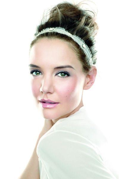 Inspírate en un #maquillaje #natural para este #diadelosenamorados con la nueva colección de #BobbiBrown #NudeGlow nuevo #post en estilaestilo.com #estilaestilo #chile
