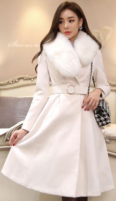 StyleOnme_Rabbit Fur Collar Flared Wool Coat #ivory #fur #feminine #koreanfashion #kstyle #kfashion #coat #seoul