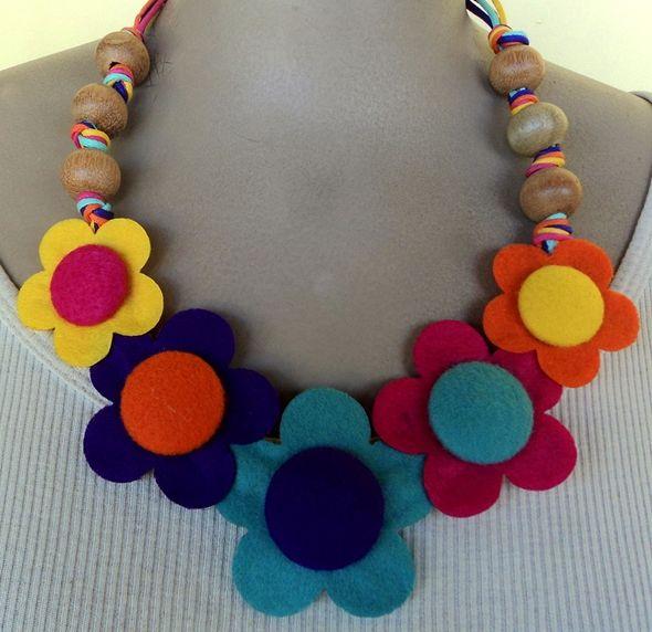 Reciclato: collares artesanales │ colares artesanais