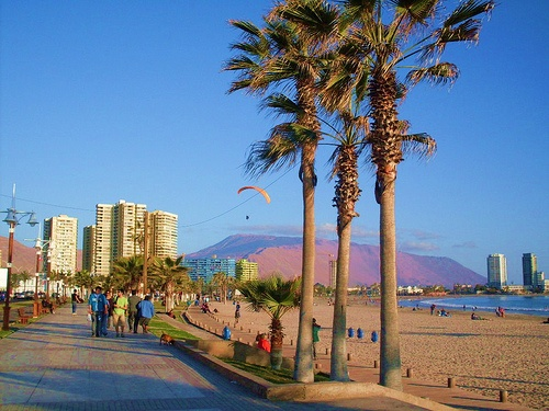 Playa Cavancha, Iquique, Chile