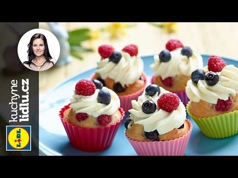 Velikonoční muffiny s ovocem - Markéta Krajčovičová - RECEPTY KUCHYNE LIDLU - YouTube