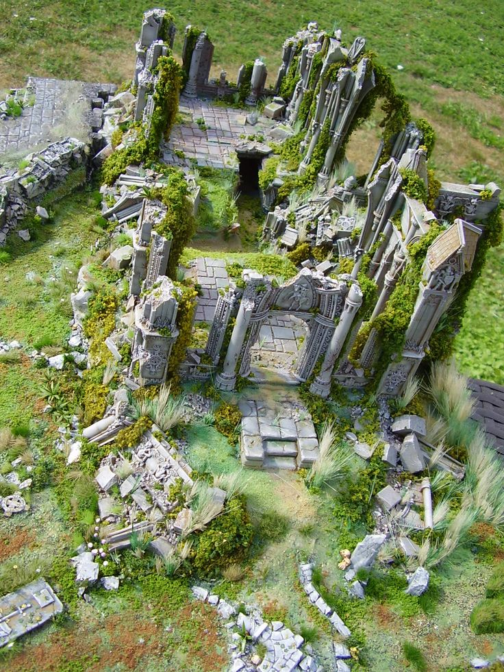 Armorcast Ruine Kirche Diorama by (showtime40k) | #Wargaming #Miniatures