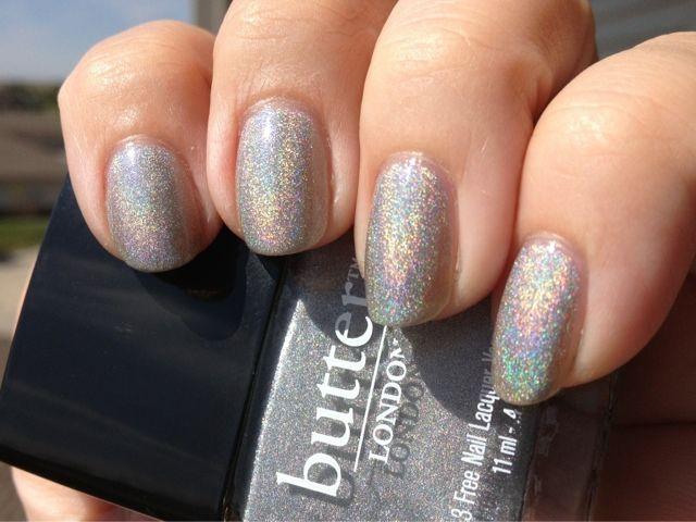 butter LONDON Dodgy Barnett #nails #butterlondon . Gorgeous !