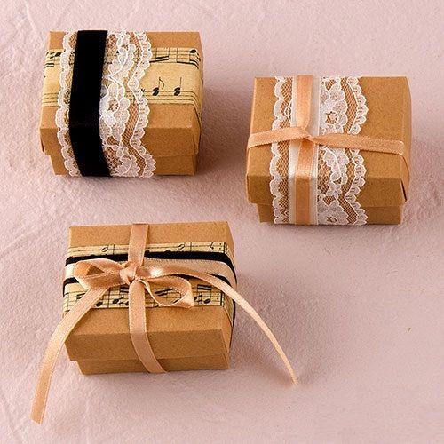 Set di 12 stile Vintage favore legatura Kit - nubilato bomboniera - partito favori - favore Vintage Wrapping Kit - nuziale favori di partito di PerfectFavours su Etsy https://www.etsy.com/it/listing/229115887/set-di-12-stile-vintage-favore-legatura