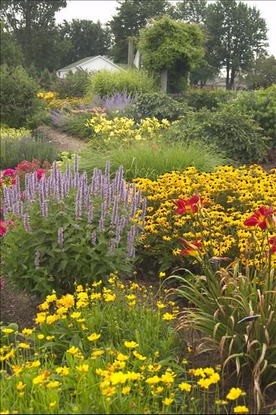 8 best Artistic Gardens images on Pinterest Gardening Vertical