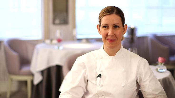 Elite Traveler Meets Clare Smyth, Head Chef at Restaurant Gordon Ramsay THE ONLY 3 STARRED Euro Female Chef!