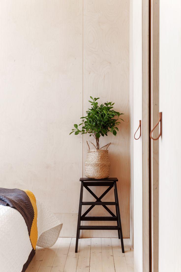 Plywood bedroom, door. Architect/designer, Lisa Wettsjö+Gustav Wettsjö