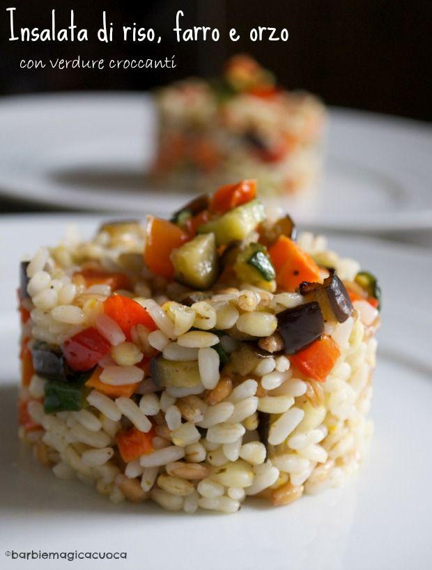 insalata di riso farro e orzo con verdure croccanti