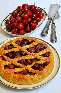 ITALIAN FOOD - CROSTATA DI CILIEGIE SENZA BURRO (NO BUTTER TART CHERRY) -
