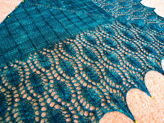 Peacock Shawlette (drool)  http://www.ravelry.com/patterns/library/peacock-shawlette  Ebook and Pattern on Ravelry