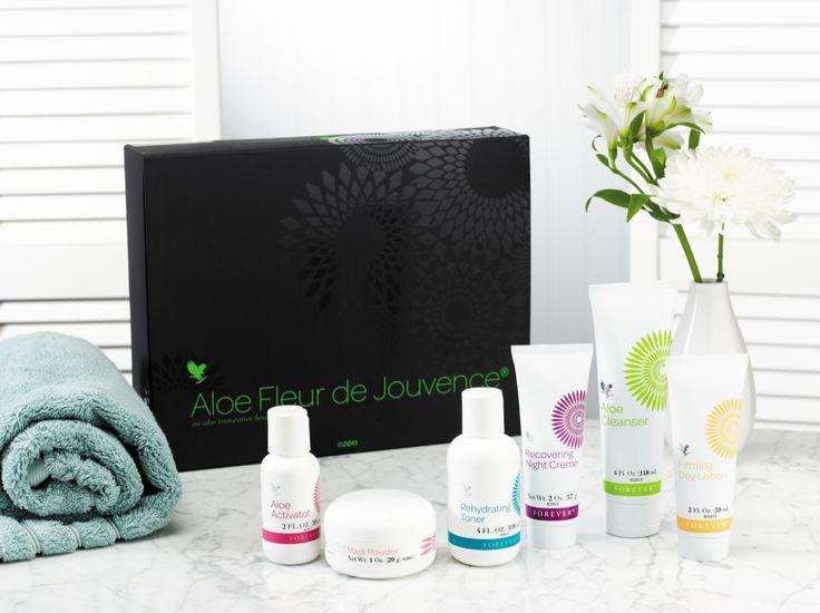 Καταπολεμήστε την ξηρότητα του δέρματος με την πληρέστερη συλλογή περιποίησης προσώπου με Αλόη Βέρα! http://www.foreveryoung.gr/products?pid=1040