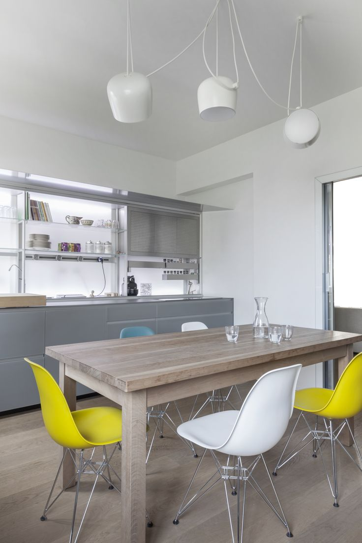 Design runes dining chairs top view photoshop chair top view forward - The Aim Pendant Light By Flos In White Complements This Contemporary Spacious Kitchen With White And