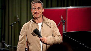 BBC Radio 4 - Mastertapes, Series 3, Robbie Williams (the B-Side), Robbie Williams sings No One Likes A Fat Pop Star