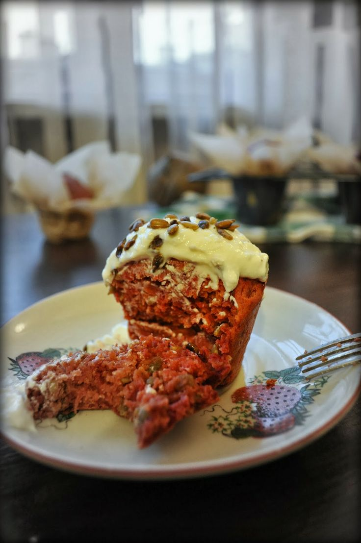 Cupcakes&Company: Beetroot muffins. Healthy, yummy and vividly pink!
