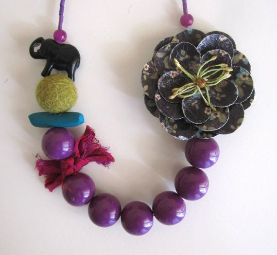 Purple Necklace Flower Romantic Necklace Chunky by catyflowerpower