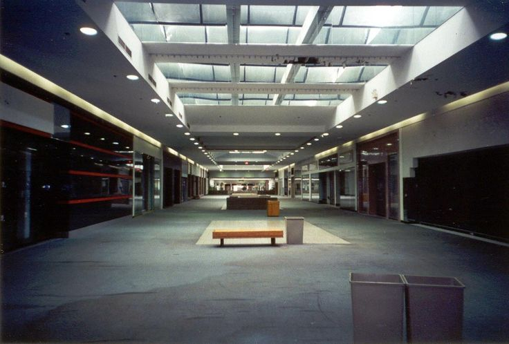 Summit Mall Stores >> Mohawk Mall: Schenectady, NY #dead_mall #abandoned | Dead ...