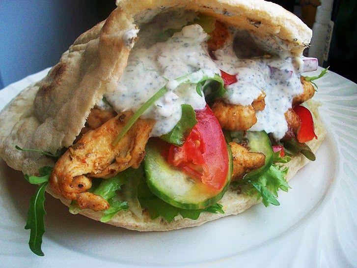 Domowy kebab, przepis na chlebek pita z patelni | DANIA Z KLASĄ  http://daniazklasa.blog.onet.pl/2013/10/22/domowy-kebab-przepis-na-chlebek-pita-z-patelni/