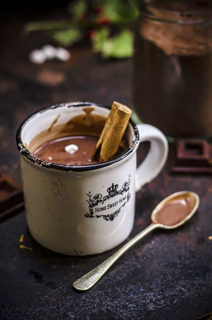 Christmas Hot Chocolate: By Frames Of Sugar.