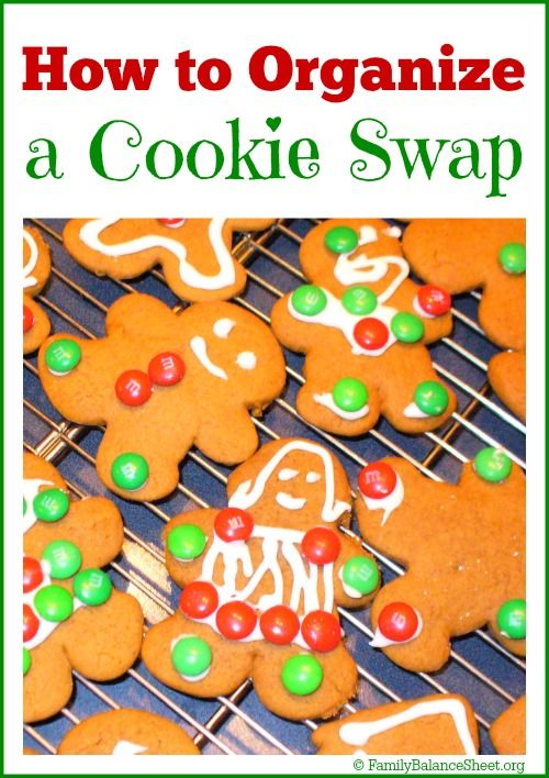 Have you ever hosted a cookie swap? It's a fun way to celebrate the holidays with your friends and family AND you can cross baking off of your holiday to-do list. | How to Organize a Cookie Swap