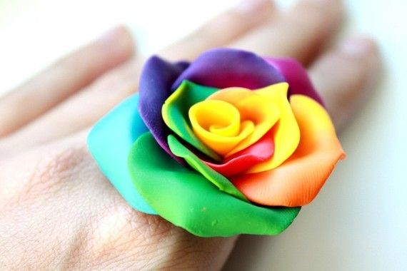 rainbow rose ring...say that 5x fast!