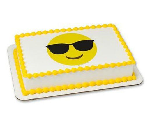 Cake Emoji Art : 17 Best ideas about Emoji Cake on Pinterest Birthday ...