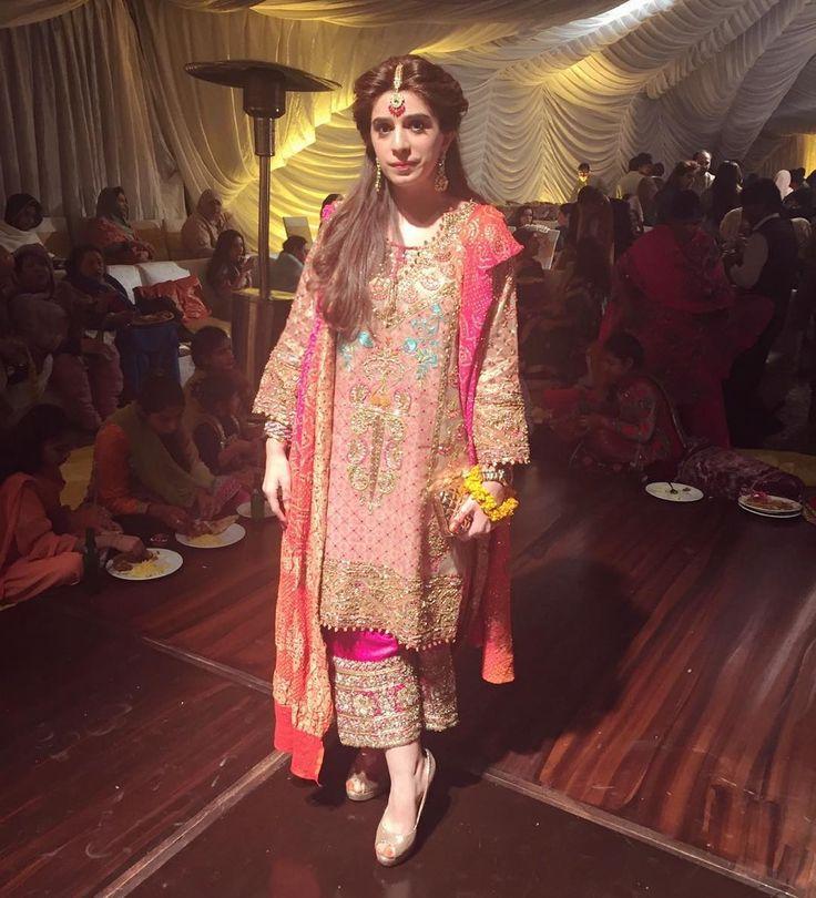 """Mehak Elahi wearing a traditional Farah Talib Aziz outfit at Awais & Zainab's Mehndi tonight! ✨ @farahtalibazizdh #FTA #A➡️Z"""