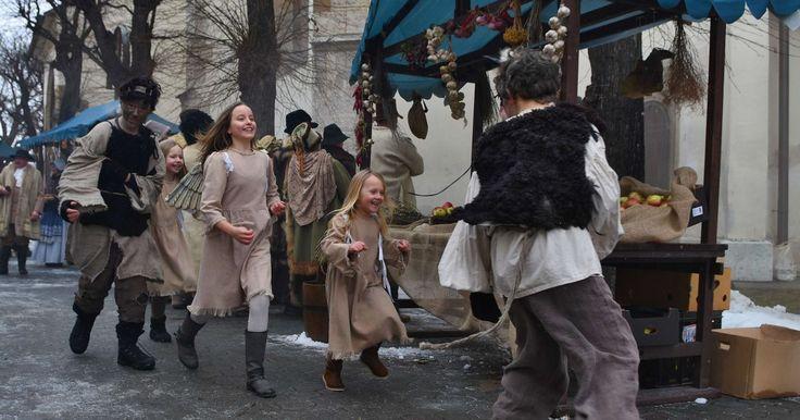 Dej druhej časti nadväzuje na tú prvú. Rozprávka sa skončila svadobným tancom Alžbetky a Jakuba pred starým mlynom.
