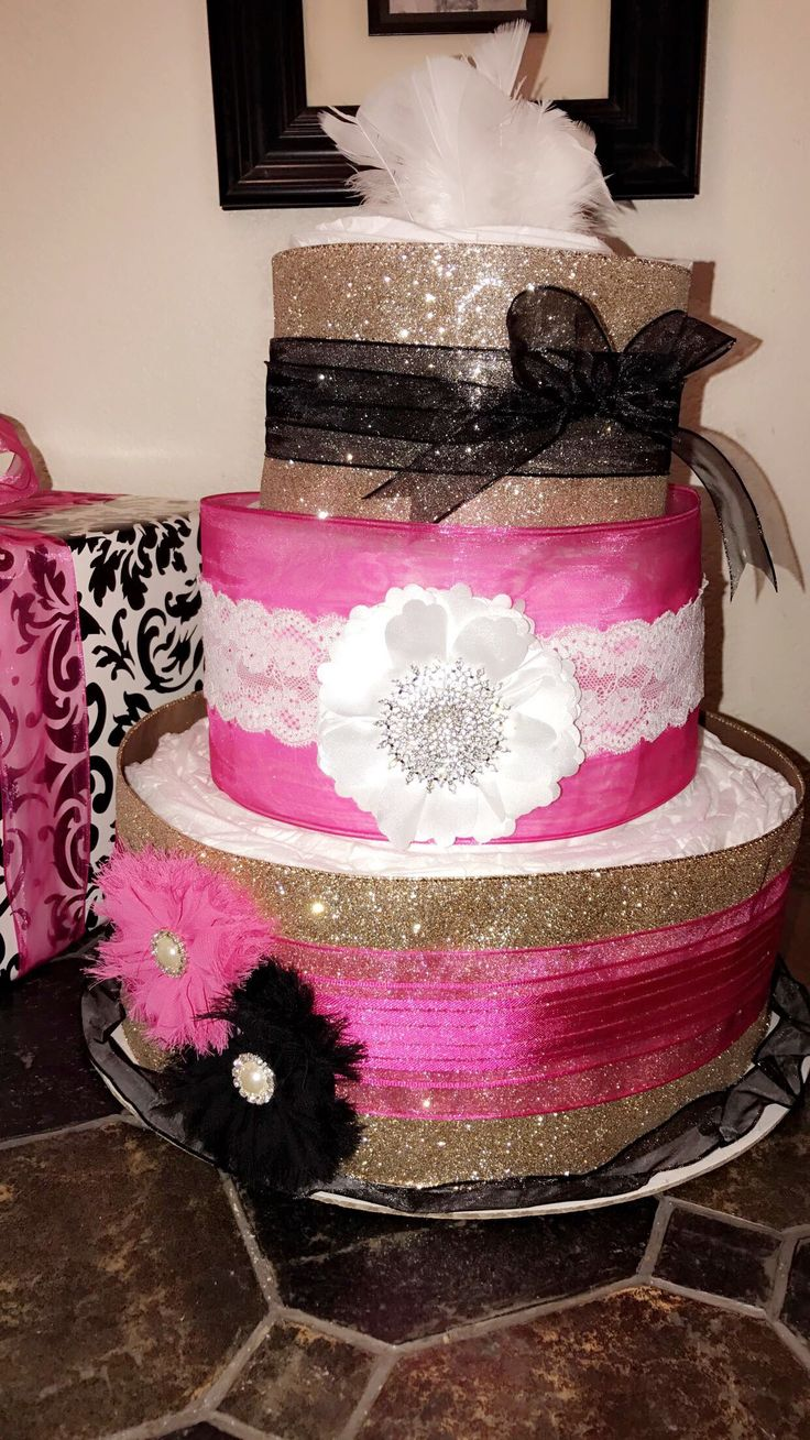 Women wearing wedding diapers - Black White Gold And Pink Diaper Cake For Baby Girl With Removable Bows For Wear