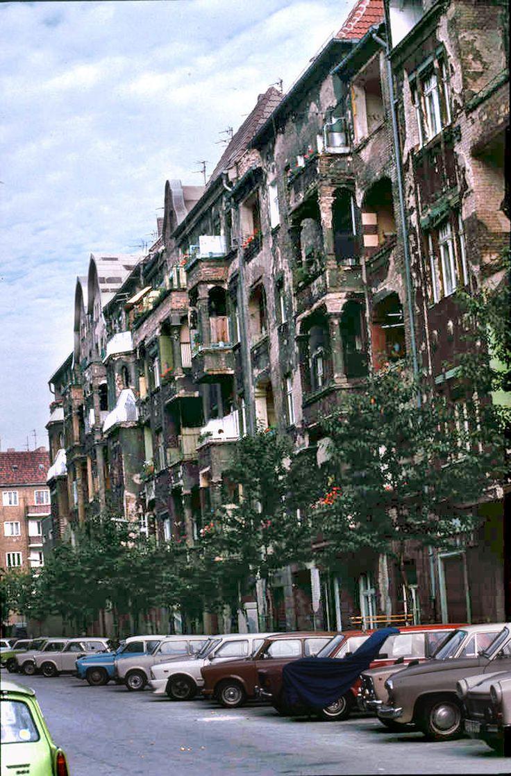 BERLIN-Prenzlauer Berg vor dem Mauerfall 1989