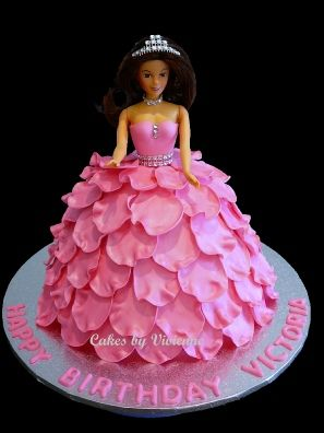 How to make fondant rose petals for a princess doll cake