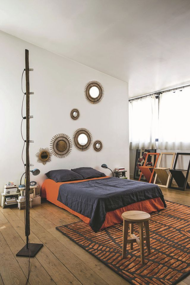 les 25 meilleures id es de la cat gorie table de nuit sur pinterest meubles de miroir. Black Bedroom Furniture Sets. Home Design Ideas