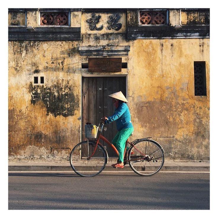 Douceur de vivre...Love   #travel #trip #vietnam #chapeauconique #yellow #lovetrotteurs #asiatrip #goodtime #happy #lifestyle #break