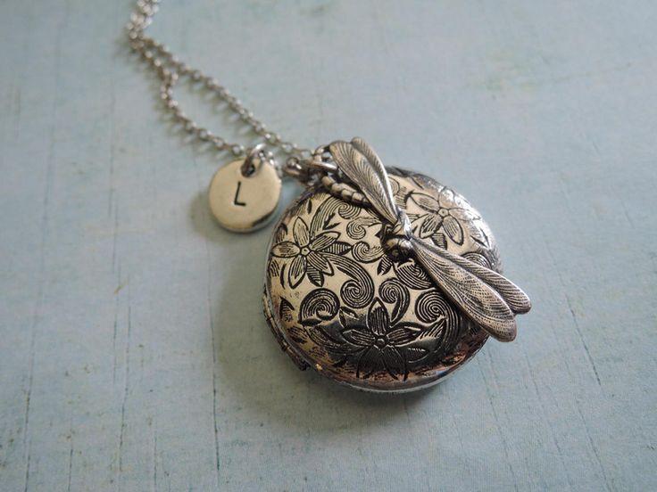 Medaillonketten - Halskette Dragonfly Foto Medaillon mit Anfang - ein Designerstück von MadamebutterflyMeagan bei DaWanda