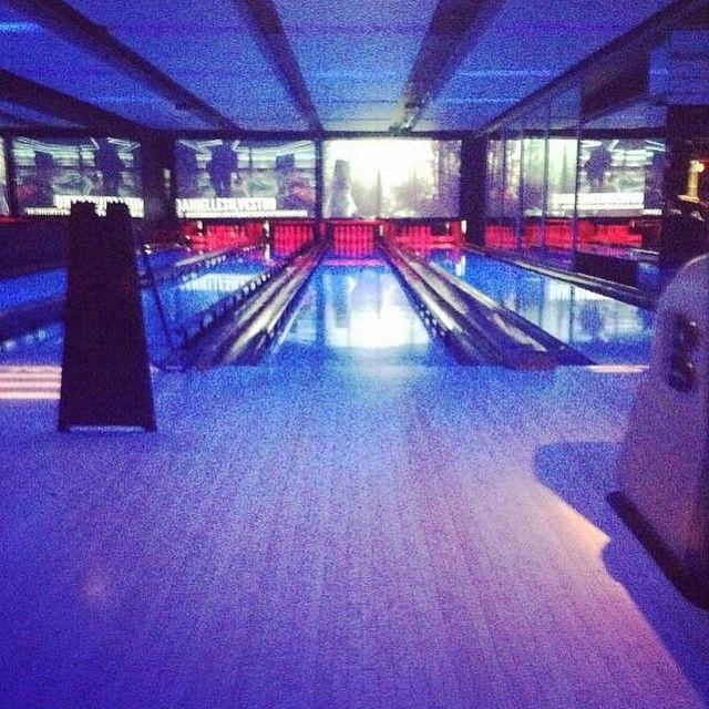Ten Pin Bowling, Laser Tag & Karaoke - Strike Bowling