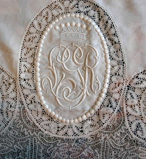 I have a slight obsession with monograms...ok, not so slight.