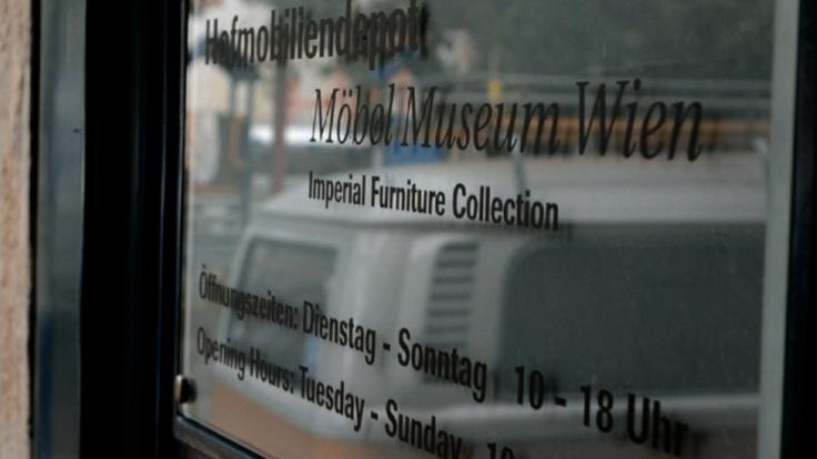 Auf Besuch im Hofmobilien Depot, dem Möbelmuseum in Wien!