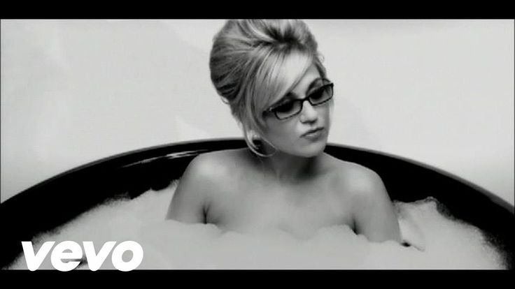 Melody Gardot - Baby I'm A Fool ( She has such Class the video, song and performance etc