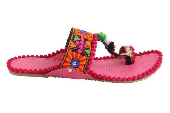 Women Sleeper Handcrafted Punjabi Shoes Embroidery Sleeper