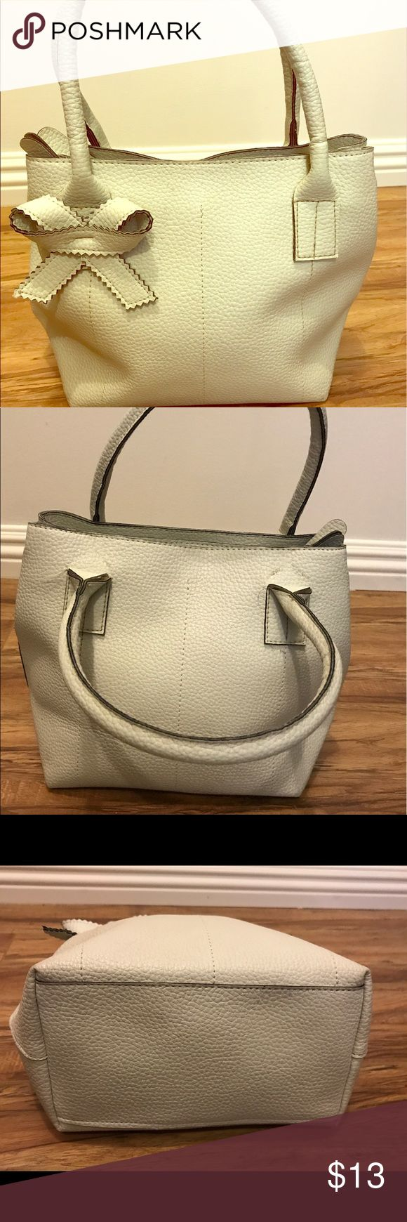 Secosana Cream Purse Used but Good Condition Bags Satchels