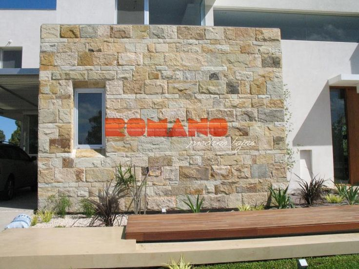Fachadas en piedra laja buscar con google fachadas en for Casas modernas revestidas en piedra