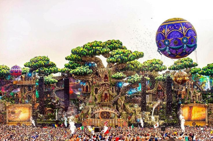 The tree of life   #tomorrowland #tomorrowland2016  What is the best Rave/Festival you've been to?  #love #photooftheday #me #instamood #cute #igers #picoftheday #girl #guy #beautiful #fashion #instagramers #follow #smile #pretty #followme #friends #hair #swag #photo #life #funny #cool #hot #portrait #baby #girls