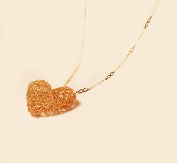 Puffy Heart pendant. Gold plated brass wire and by AlgoElegante