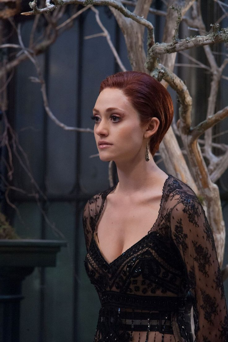 Emmy Rossumas Ridley Duchannes in the Beautiful Creatures movie. I love Emmy Rossum and can't wait to see her play a villain!