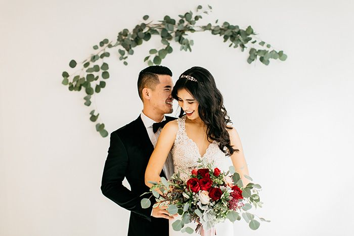 Modern Minimalist Wedding Decor in Red and Green