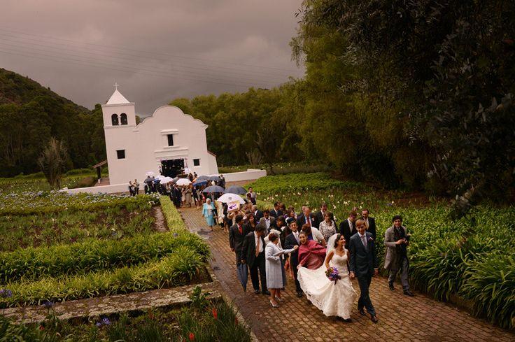 La oferta de locaciones para bodas campestres en los alrededores de Bogotá es amplia, y las haciendas, además de tener entornos maravillosos para las sesiones fotográficas, también ofrecen todas las facilidades para celebrar cualquier tipo de ceremonia. Estas son algunas de las ventajas de celebrar tu boda en una hacienda en Cundinamarca.