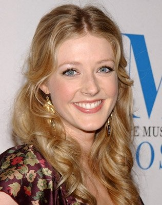 Jennifer Finnigan (1979) (Bold and the beautiful, Close To Home, Better with…