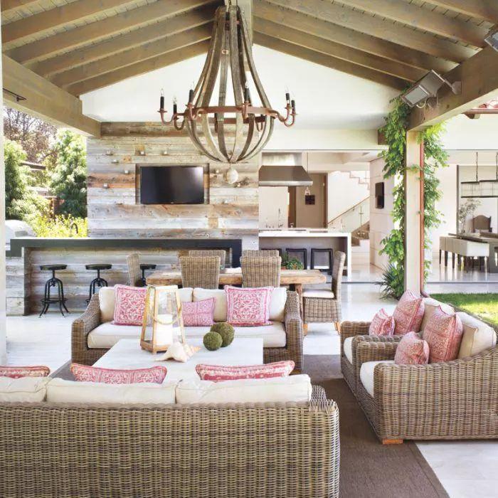 Outdoor Living Room Design: Best 25+ Outdoor Rooms Ideas On Pinterest