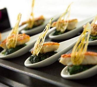 Wedding caterers catering services in london for Canape catering services